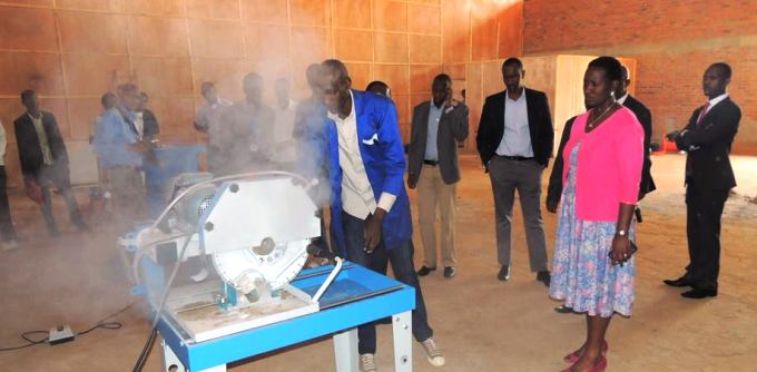 ULK Polytechnic is well equipped in order to help students get hands on skills knowledge