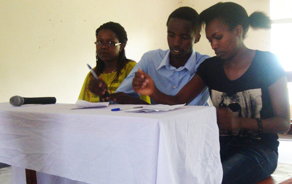 Debaters-sharing-their-point-of-views-ULK-Gisenyi.jpg