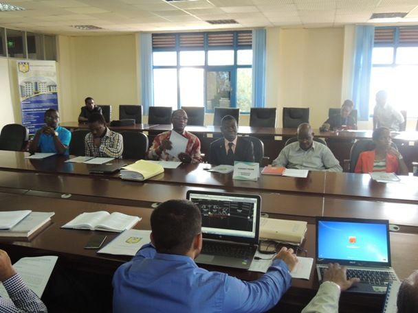 Engineers and Architects discussing on the implementation of the project