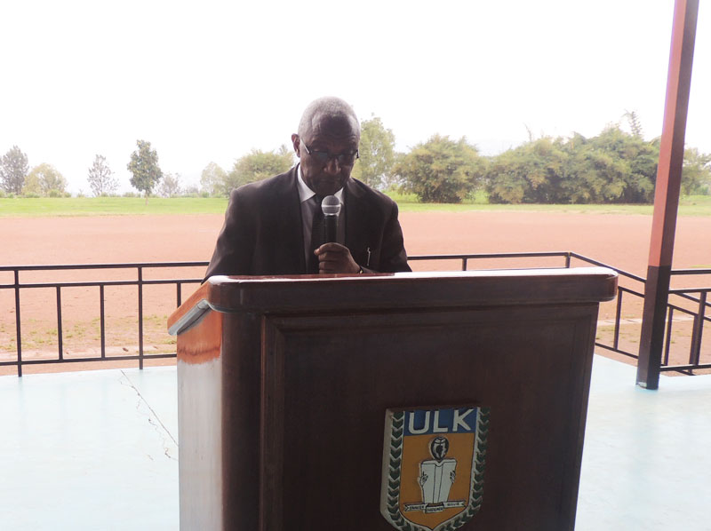 Prof Dr KALISA MBANDA during induction week at ULK