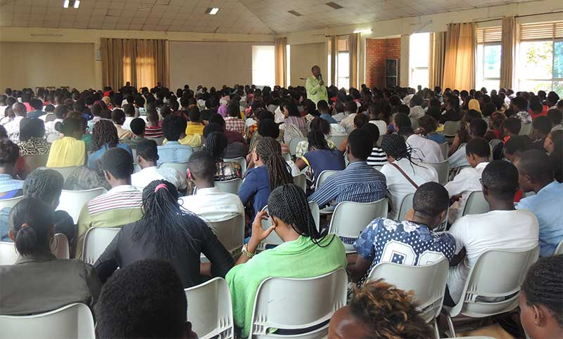 ULK-Students-in-conference-with-a-Rwandan-Senator-FAC2